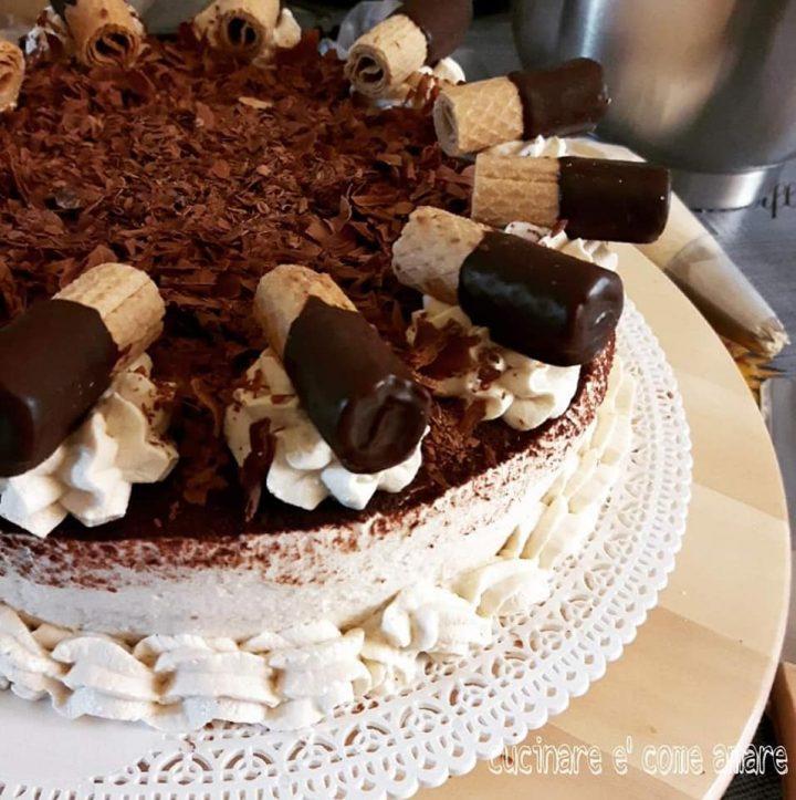 torta tiramisu' di natale dolce delle feste