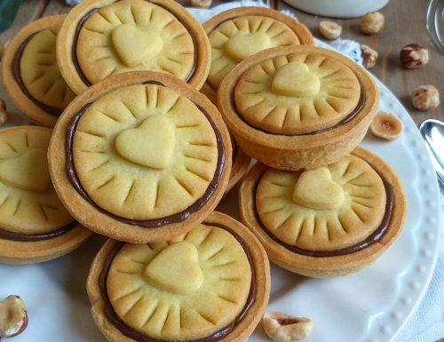 BISCOTTO CUORE DI NUTELLA dolce ripieno