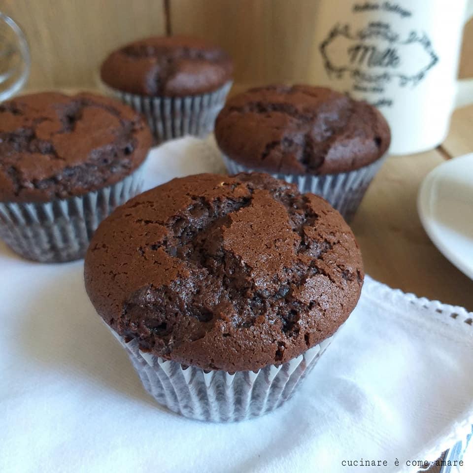 Ricetta Muffin Originale Americana.Muffin Ricetta Americana Al Cacao Dolce Perfetto Cucinare E Come Amare