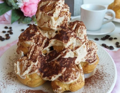BIGNE' PROFITEROLES TIRAMISU' dolce ripieno crema mascarpone