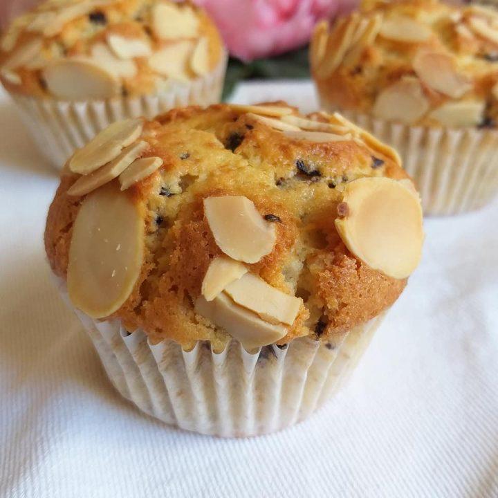muffin tortina mandorla e cioccolato dolce senza burro