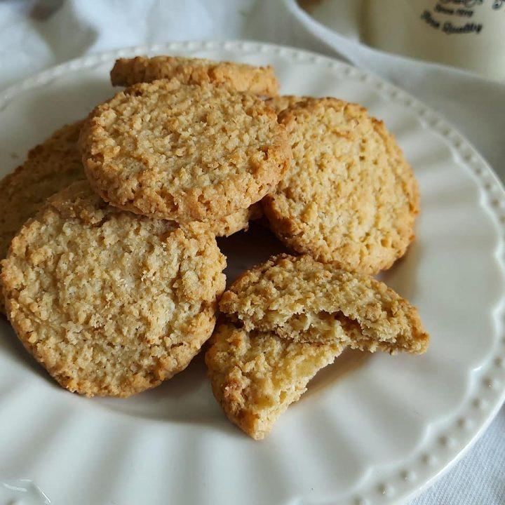 biscotti da the al cocco dolce ricetta facile
