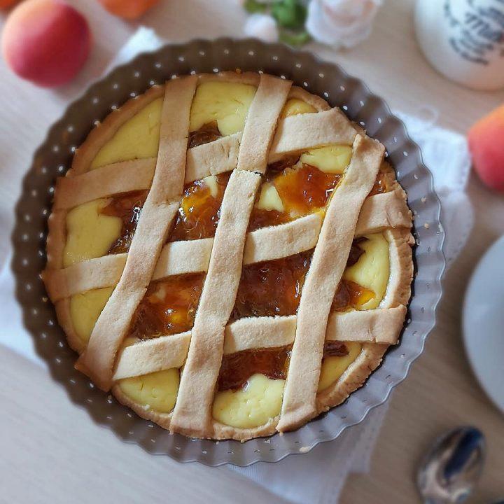 crostata crema e albicocche dolce ripieno