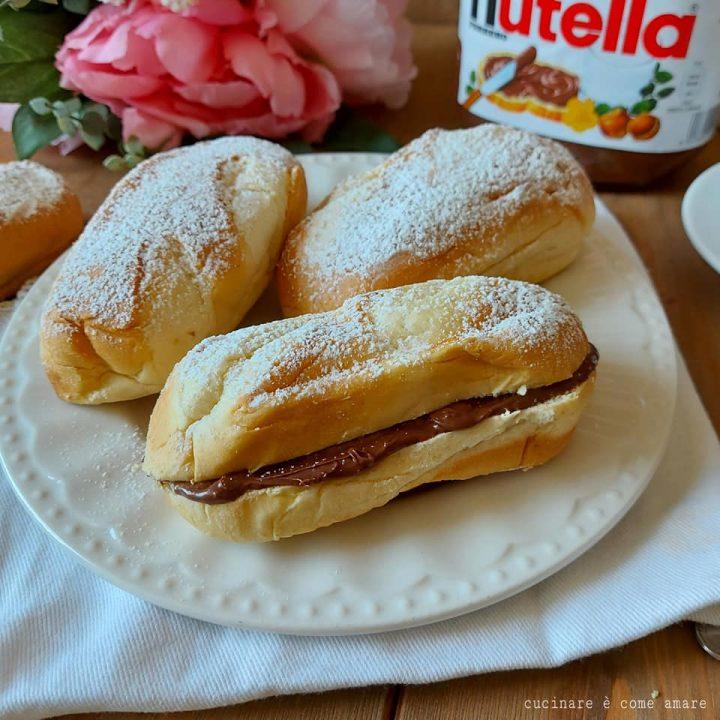 brioche merenda panino al latte dolce ripieno nutella