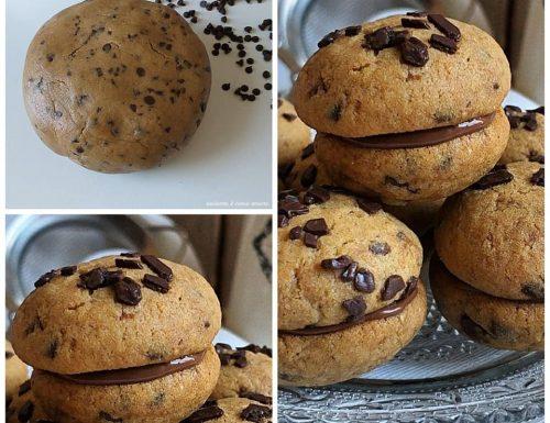BISCOTTI BACI CAFFE' E CIOCCOLATO dolce ripieno nutella