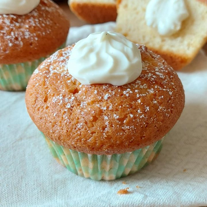muffin cuore crema al latte dolce ricetta golosa