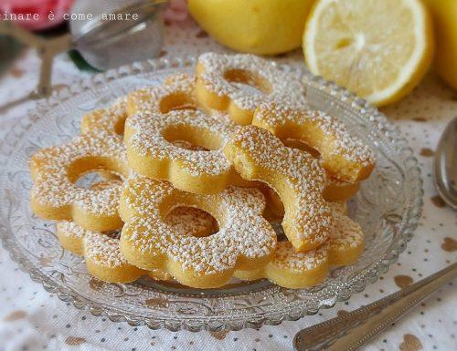 BISCOTTI CANESTRELLI AL LIMONE dolce ricetta facile