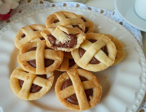 BISCOTTI CROSTATINE SALTIMBOCCA dolce ripieno nutella