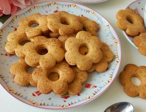 BISCOTTI FROLLINI DA COLAZIONE dolce ricetta senza burro