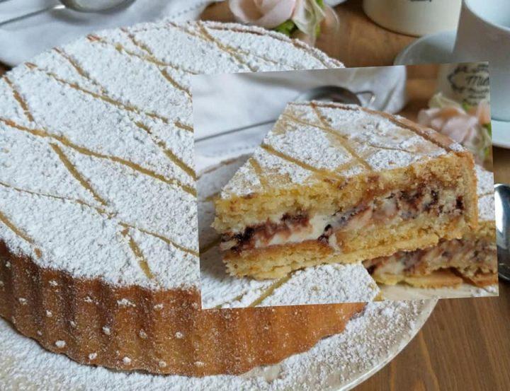 crostata finta cassata al forno dolce ripieno ricotta e cioccolato