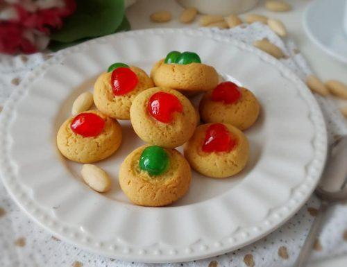 BISCOTTI PASTICCINI VELOCI ALLA MANDORLA dolce ricetta facile