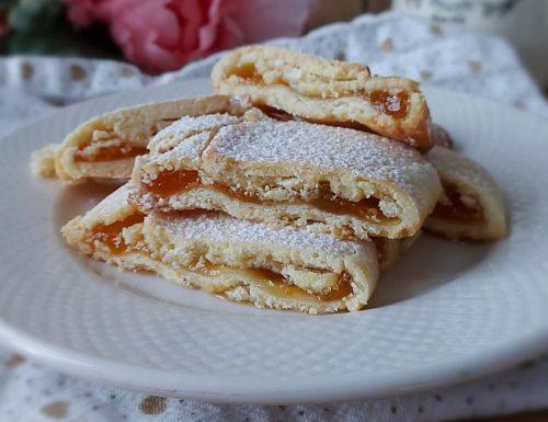 BISCOTTI ROTOLO SENZA GLUTINE dolce ripieno marmellata