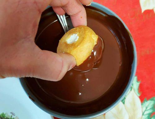 GLASSA GANACHE PERFETTA PER PROFITEROLES dolce ricetta facile
