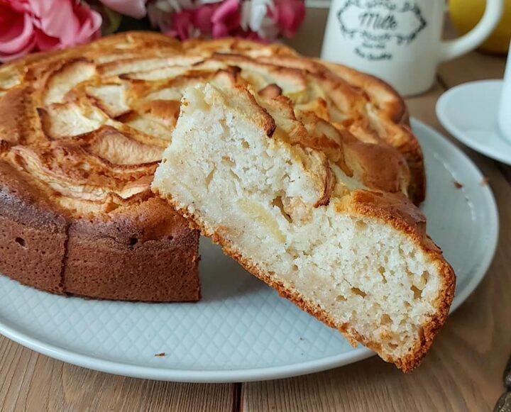 torta leggera di mele e albumi dolce senza burro