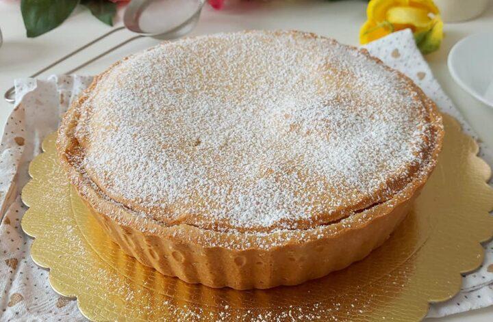 torta frolla pasticcio della nonna dolce ripieno crema pasticcera