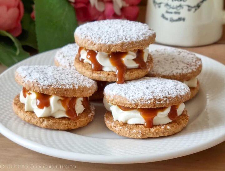 biscotti favolosi paradiso con crema al caramello dolce ripieno