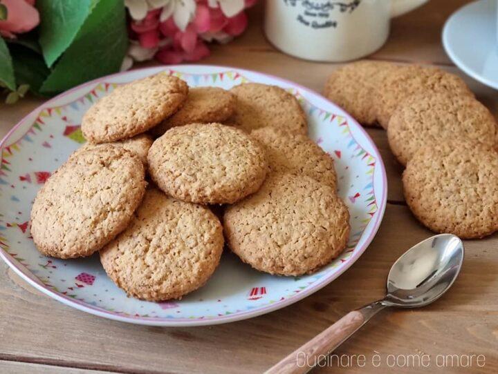 biscotti frollini rustichelli dolce da inzuppo e senza burro