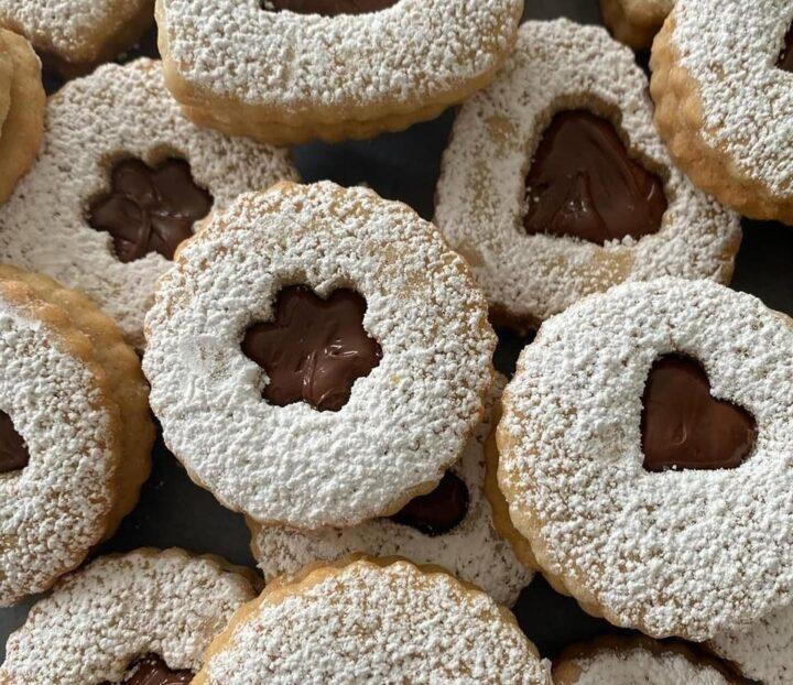 biscotti frollissimi con ripieno nutella dolce come in pasticceria