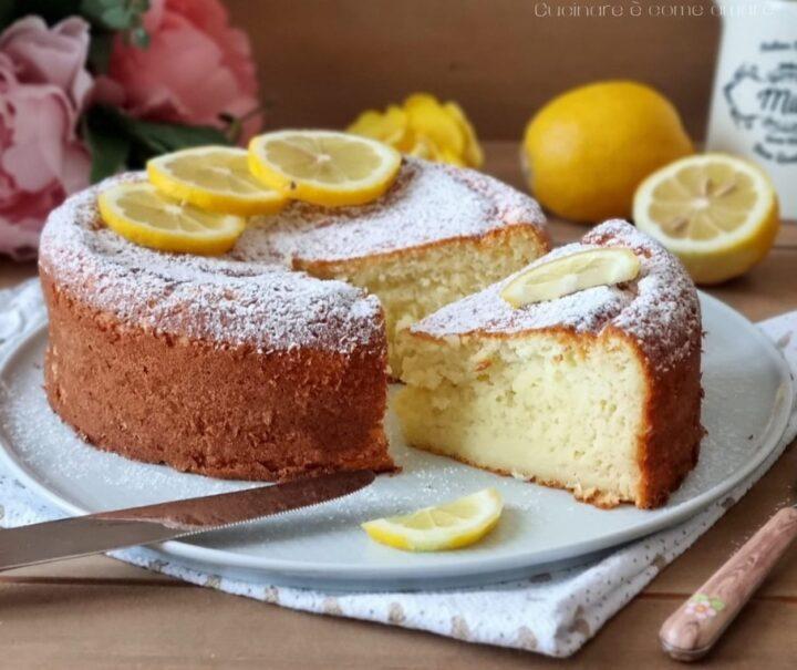 torta cremosa ricotta e limone dolce che si scioglie in bocca