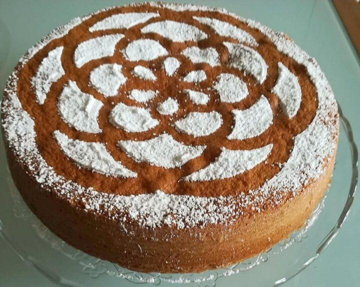 torta classica da merenda dolce con yogurt e senza burro