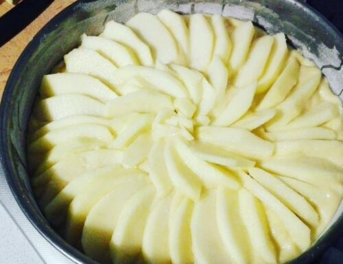 TORTA TANTE MELE IMPASTO SEMPLICE dolce ricetta senza burro