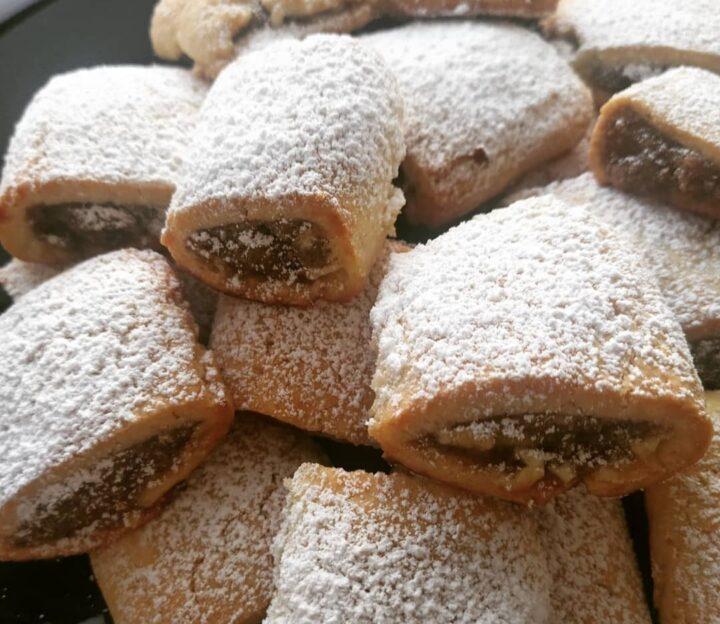 biscotti frollini settembrini con fichi dolce ripieno marmellata