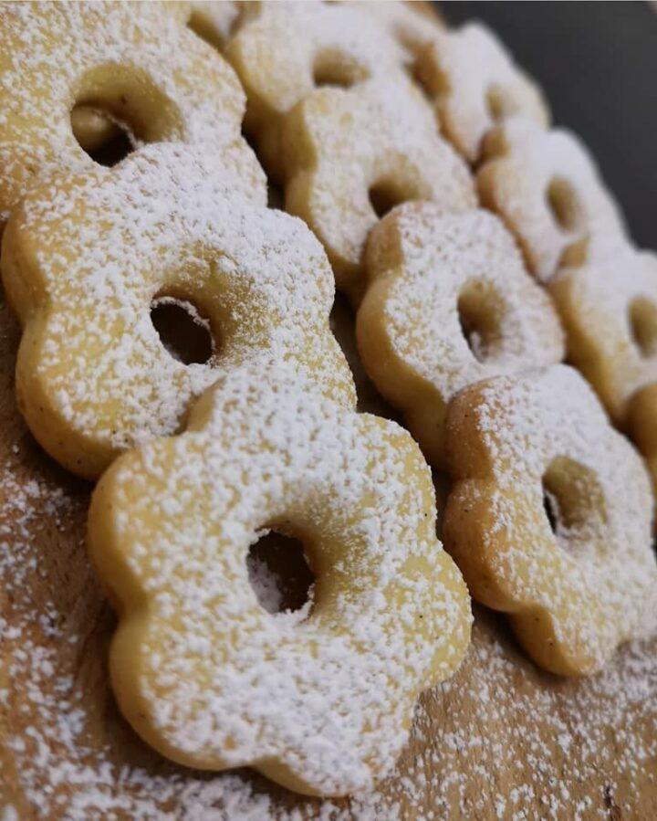 biscotti frollini simil canestrelli dolce ricetta collaudata