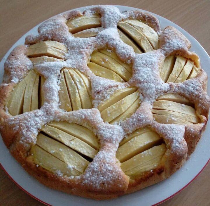 torta nuvolotta con tante mele dolce ricetta senza burro