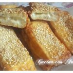Mozzarella in carrozza con impanatura ai semi di sesamo