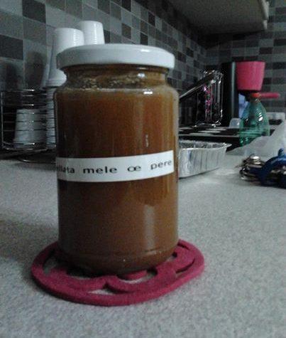 Marmellata con centrifuga di mele e pere