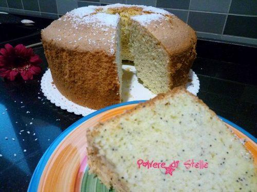 Chiffon cake al cocco e semi di papavero