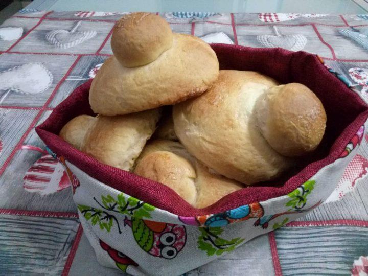 Brioche siciliane col tuppo ricetta Bimby