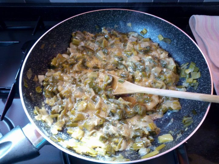 Cipolle finte fritte con le uova