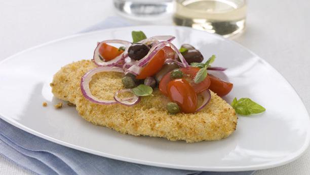 Filetti di pollo con pomodorini, cipolle e olive