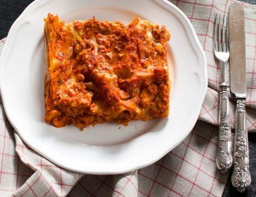 Lasagna al farro con ragù di pesce