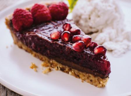 Torta al cioccolato  senza glutine con lamponi