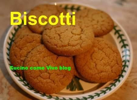 Biscotti con arancia e cannella