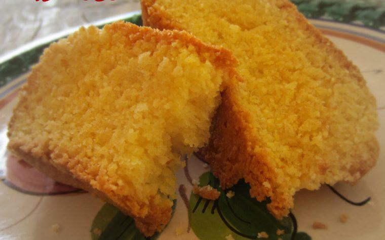 Plum-cake con farina di mais (con Bimby TM31)