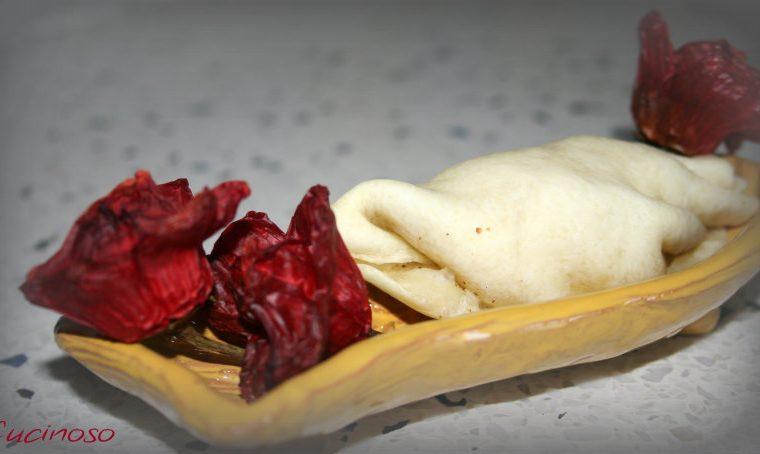 Conchiglie di pasta phyllo ripiene,ricetta facile,veloce e gustosa