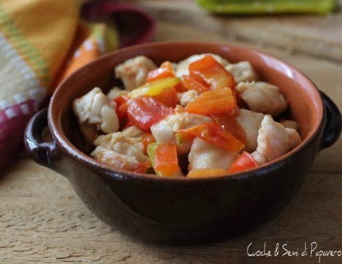 Dadolata di pollo ai peperoni
