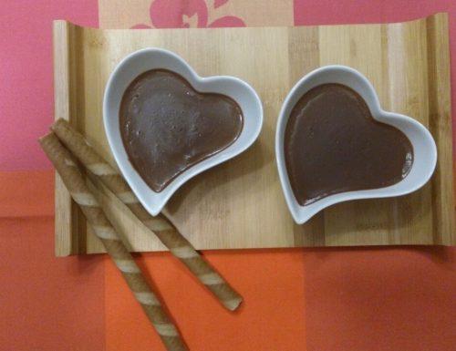 Crema al cioccolato semplice e veloce sarà tra le vostre preferite