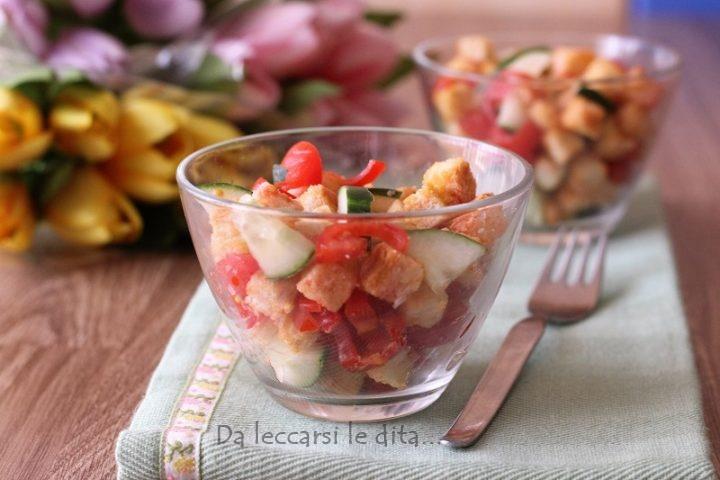 Buffet Natalizio Cookaround : Panzanella croccante versione buffet da leccarsi le dita