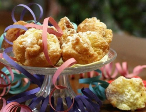 Castagnole dolce tipico del Carnevale