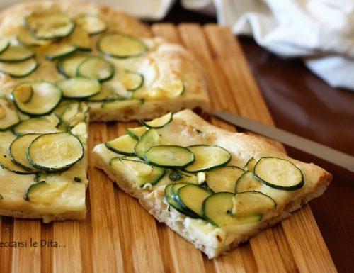 Pizza bianca alle zucchine idea salvacena