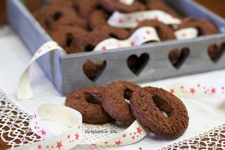 Biscotti sablé al cioccolato