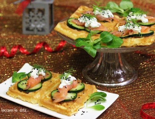 Waffle salati, per un antipasto originale ma facile
