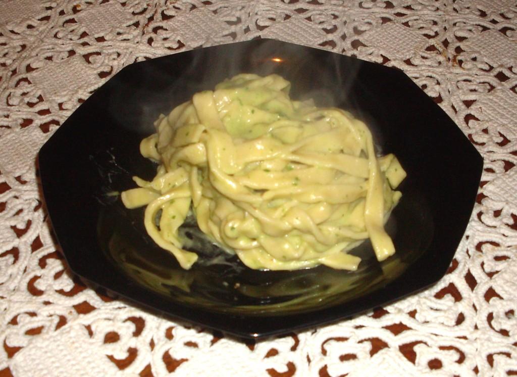 Tagliatelle aglio e olio a modo mio