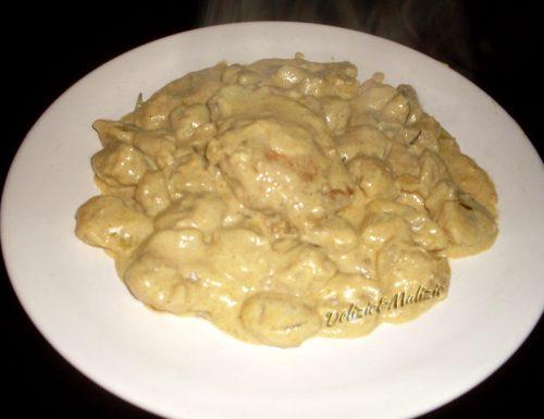 Gnocchi con pollo al curry