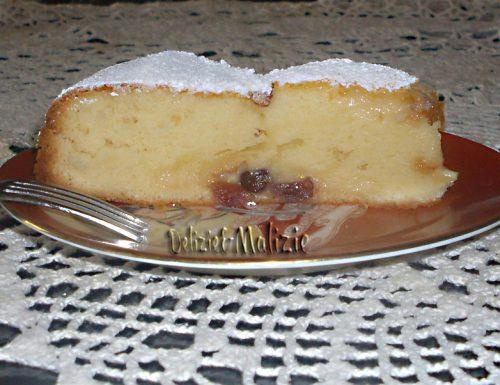 Torta nua con chantilly e mirtilli caramellati