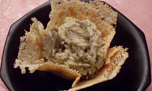 Risotto ai carciofi in cialda di parmigiano